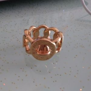 marc jacobs ring size M-L